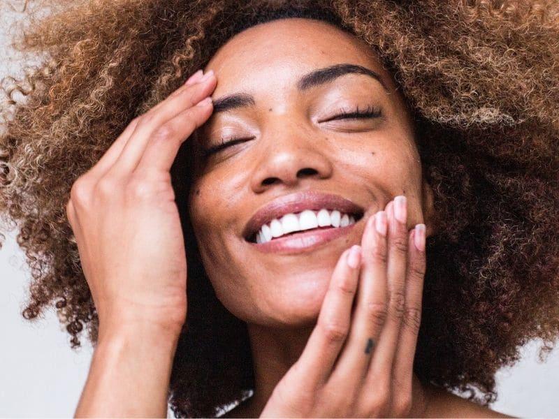 Niacinamide benefici per la pelle